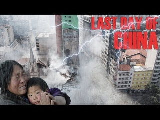 A terrible typhoon has destroyed China! | The force of the wind blows people and machines away!