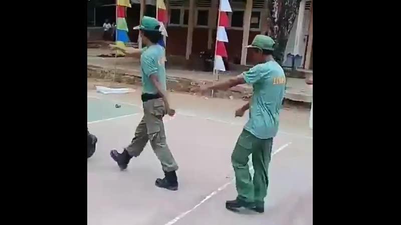 Грозная поступь индонезийской армии