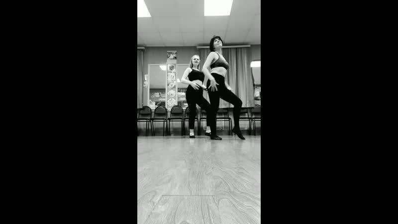 Амора💖 Ирина Звягина и Татьяна Кузнецова наши репетиции проходят весело и очень энергично вмиретанца
