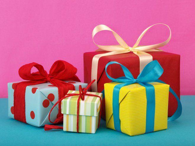 """Выдача новогодних подарков детям, не достигшим возраста 14 лет, в МО """"Юкковское сельское поселение"""""""