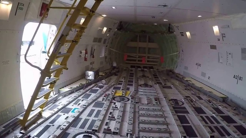 Грузовой самолет Боинг 747 8 изнутри глазами пилота