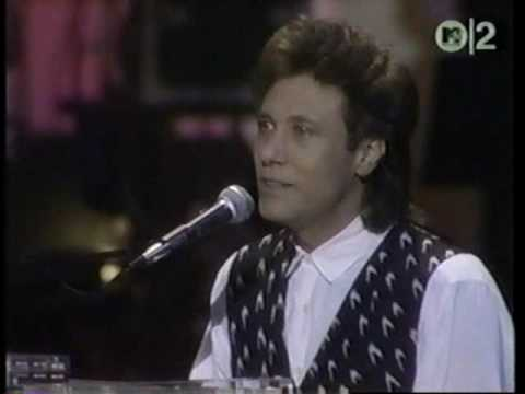 Does Anybody Really Know What Time It Is Robert Lamm solo
