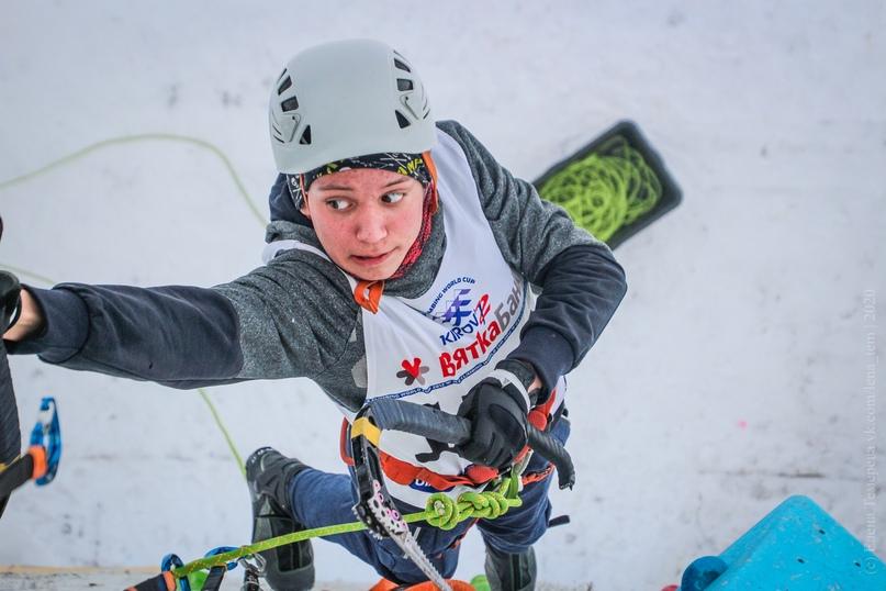 Главные отечественные ледолазные старты сезона финишировали в городе Кирове в минувшие выходные – чемпионат и первенство России по альпинизму. Всем было что доказывать и что терять…, изображение №111