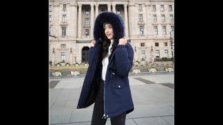 Женское короткое пальто с плюшевой подкладкой parker, зимняя теплая куртка с капюшоном и меховым воротником, большие размеры