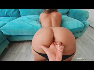 Beth Gives You What You Wanted Beth Bennett (Bald Pussy Innie Pussy Medium Skin Big Tits Enhanced Sex)