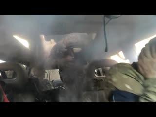 Страйкбольная граната залетает в салон авто