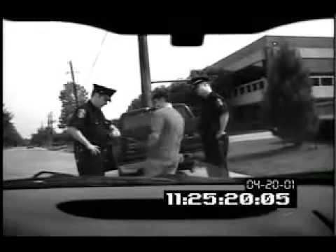 Реальная обоссака Обоссал полицейского