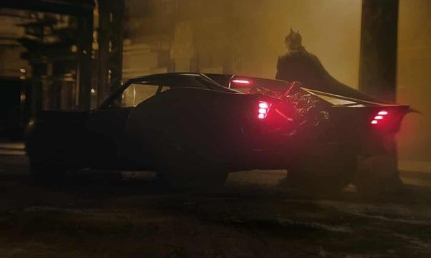 «Бэтмен» сконцентрируется на втором годе Брюса Уэйна в образе супергероя По словам Мэтта Ривза, Брюс только-только начал строить вокруг себя некую легенду, а потому простой народ Готэма всё еще