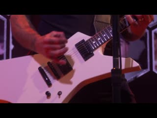 Metallica - Disposable Heroes - Live & Acoustic From HQ: Helping Hands Concert & Auction 2020