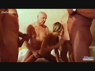 Порно Бабы С Мужиками В Бане