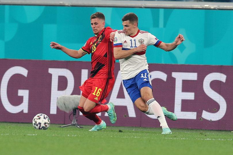 Роман Зобнин в матче со сборной Бельгии на Евро-2020