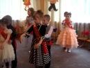 Танец Ксюши на выпускном- вальс.