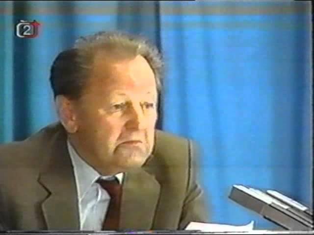 Milouš Jakeš na Červeném Hrádku 17 7 1989 Jako kůl v plotě kompletní hodinový záznam