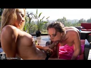 Tori black-страпон игры двух подру sex lesbi порно 21 sextury