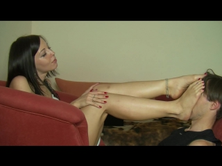 #FootFetishCommunity #EcsclusiveVideo #Enjoy!