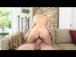 Skye West - Sexy Skye (2016) FullHD 1080p