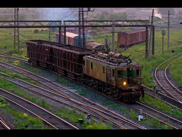 Локомотивы ЧМК, электровозы ВЛ22м (Челябинск) / VL22m old electric locomotive (RUS, Chelyabinsk)