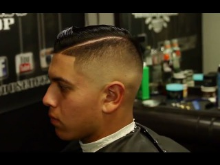 step by step skin fade haircut  with side part | featured barber lomas thebarber