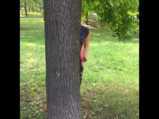 Физкульт-привет всем! Целую свой бицепс в знак благодарности за утреннюю тренировку) И спасибо дереву,что не дало мне упасть без сил) #наспорте #нарайоне