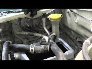 Мазда Трибьют: ремонт и обслуживание - Замена масла в ГУР