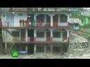 Чудовищное наводнение в Индии уничтожает все на своем пути