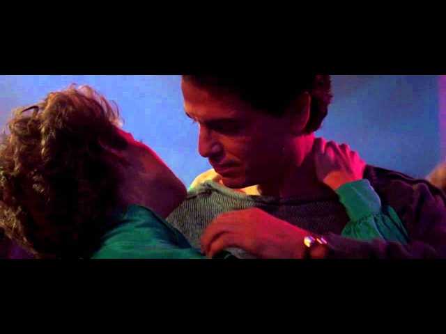 Evelyn Champagne King   Give it Up (Fright Night seduction dance scene)