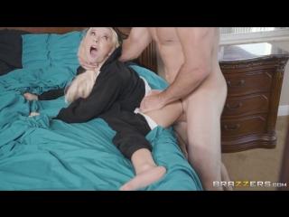 Парнишка трахнул свою развратную сводную сестру ( порно русское фильмы хентай зрелых домашнее секс мама гей анал инцест hd жены