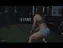 Красивая девочка тренируется  ММА 95