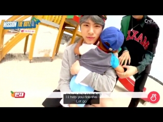 i'm gna fucking cry... the kid ran up to eric bc he couldn't find his mom and the way eric comforted and reassured him 😭 this is