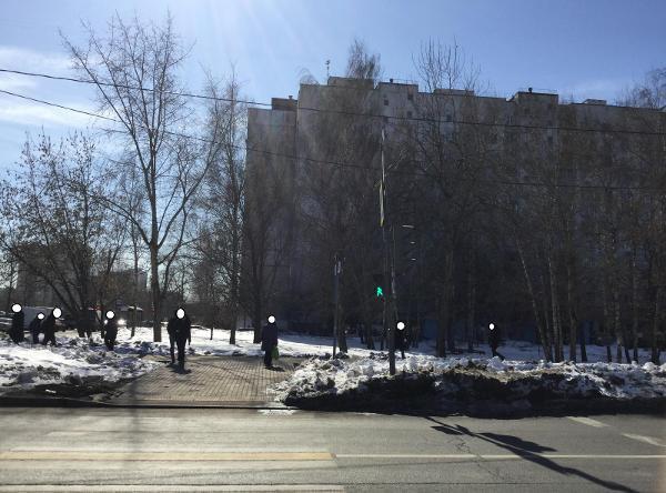 Светофор отремонтировали у пешеходного перехода на Череповецкой