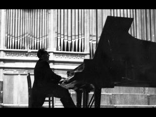 VICTOR MERZHANOV - Shostakovich. Three Fantastic Dances, op. 5