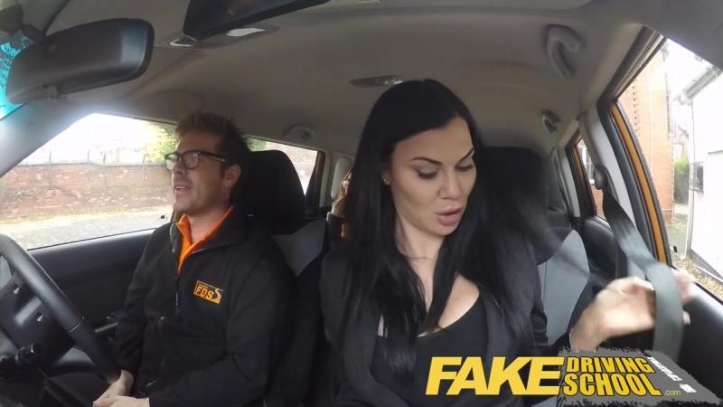 порно с молоденькой рыжей девочкой в машине 2 секс втроём fake
