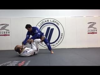 The Best Knee Cut Pass by Lucas Lepri