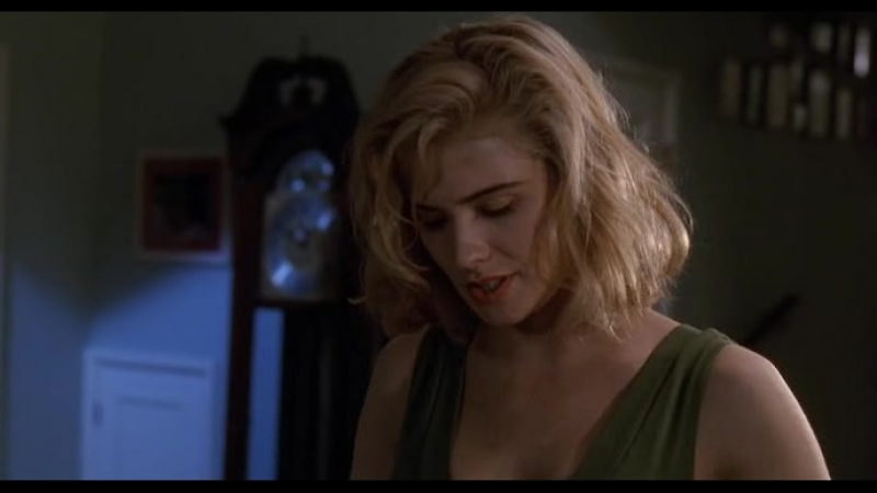 БАФФИ-ИСТРЕБИТЕЛЬНИЦА ВАМПИРОВ. / Buffy The Vampire Slayer. (1992)