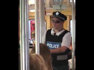 Yung Lean в образе полицейского [НШ]