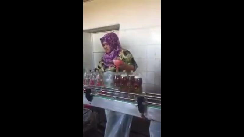 Изготовление в подпольном цехе напитка УЖАС 😱😱😱👿