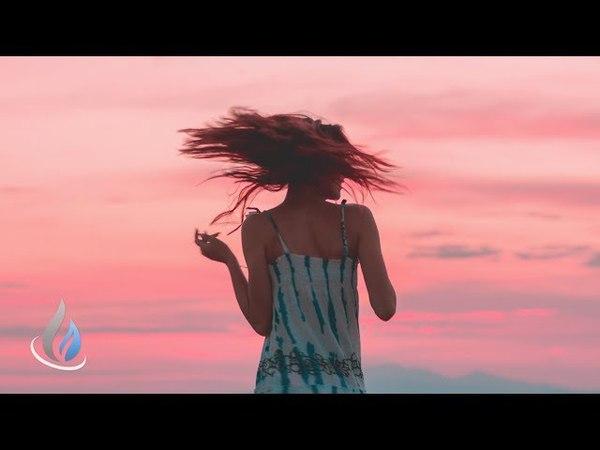 Essáy CoMa - Deceptive (Oleg Byonic Remix)