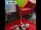 Вот как занять своего малыша на целый час!