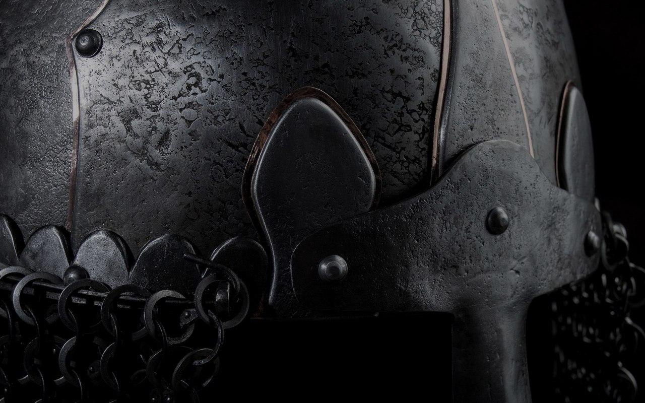 Шлем из Манвеловки. История одной версии.