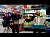 Финская Рождественская песня.Торговый центр Christmas song in Finland. Shopping center