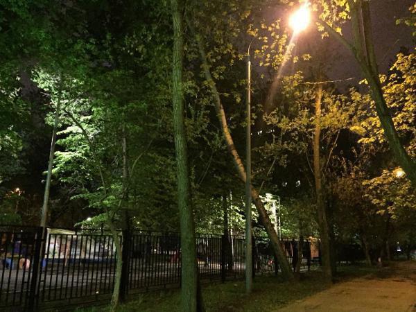 Уличное освещение восстановили во дворе на Петрозаводской улице