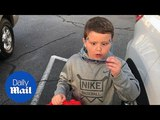 Heartwarming moment boy sees colour for the first time - Daily Mail