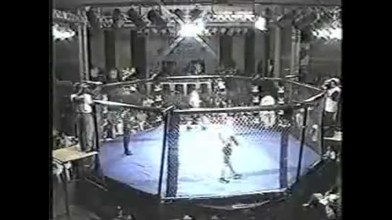 1999.07.24 (06) - Renato Sobral vs. Pedro Otavio [BVF 14-Circuito Brasileiro de Vale Tudo 5]