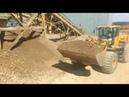 Погрузка пятитонным погрузчиком песчано гравийной смеси С4