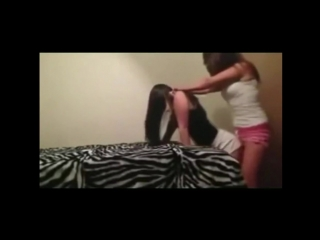 Lesbian lap dance эротический танец лесбиянок