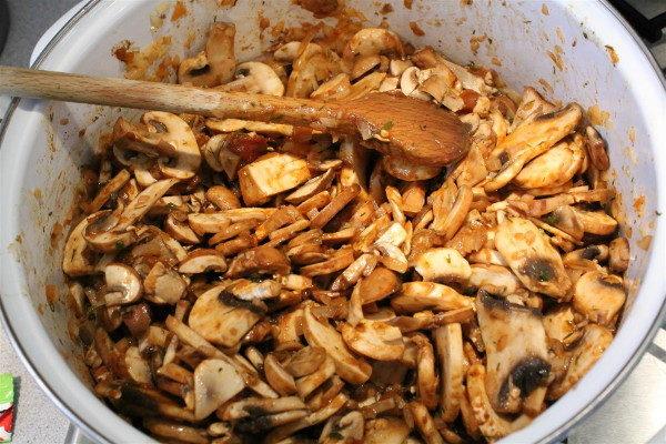 Грибной суп с шампиньонами, изображение №4