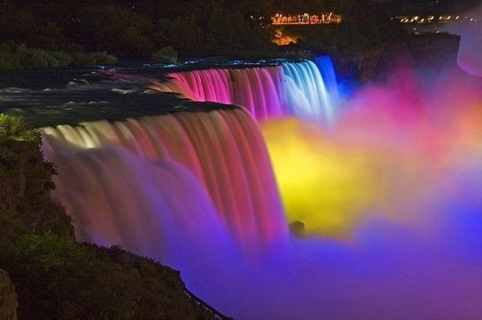 Световое шоу Ниагарского водопада, изображение №6