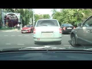ДТП в Москве пункт ПДД 8.4 (первая строка)