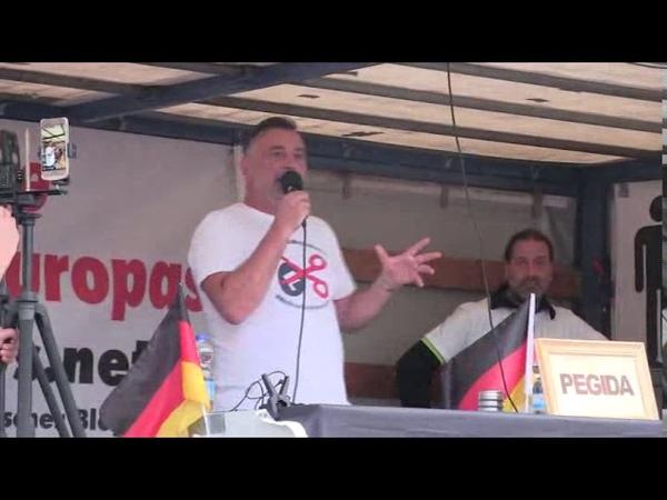 Die Anrufe aus dem Westen haben mich schockiert Lutz Bachmann PEGIDA Dresden 15 07 2019