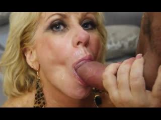 Порно -- ей 55 -- красивая взрослая жена  на опыте -- gilf porn sex <><>